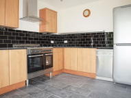 3 bedroom Flat in Lambert Road, Brixton