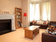 Barrow Road Flat to rent