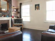 Flat to rent in Sulina Road, Brixton