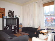 Flat to rent in Brixton Road, Brixton