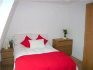 2 bedroom Flat in Paulet Road, Camberwell