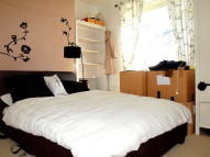 Flat to rent in Jebb Avenue, Brixton