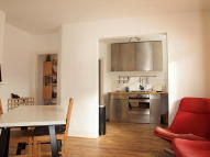 2 bed Flat in Brading Road, Brixton