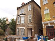 Flat in East Dulwich Grove...