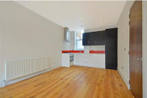 Flat in Railton Road, Brixton