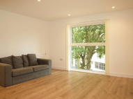 Flat to rent in Clapham Road, Stockwell