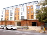 Flat to rent in Valentia Place, Brixton
