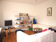 2 bed Flat to rent in Chantrey Road, Brixton