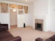 Flat in Leigham Avenue...