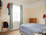 Flat to rent in Lambert Road, Brixton