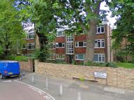 Angell Road Flat to rent