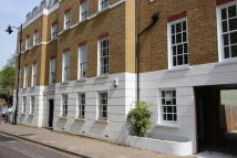 Flat to rent in Fentiman Road, Oval