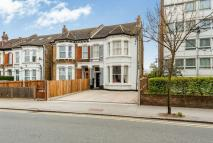 5 bed semi detached home in Parchmore Road...