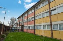 2 bed Flat in Plaistow Road, London...