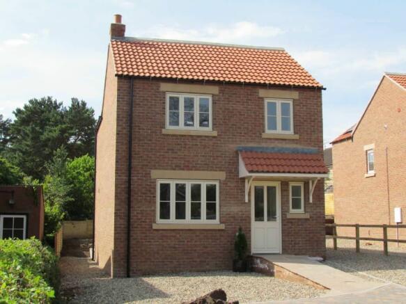 3 bedroom detached house for sale in gillamoor road kirkbymoorside north yorkshire yo62 yo62