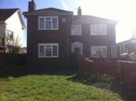 4 bedroom Detached home in Beach Green...