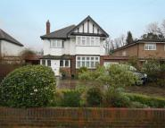 5 bedroom Detached property in Harfield Road...