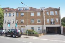3 bedroom Apartment to rent in High Street, Hampton
