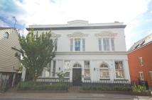 2 bed Ground Flat to rent in Kings Court Mews...