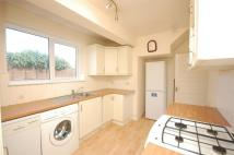 3 bed semi detached home to rent in Broad Lane, Hampton