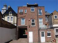 2 bedroom Flat to rent in Thames Street, Hampton