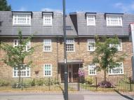 Studio apartment in Hampton Road, Teddington