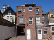 2 bed Flat to rent in Thames Street, Hampton