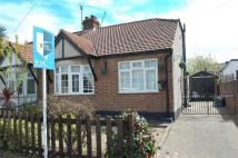 Semi-Detached Bungalow to rent in Swan Road, Hanworth