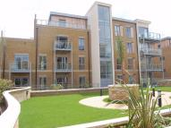 1 bed Ground Flat to rent in Blagrove Road, Teddington