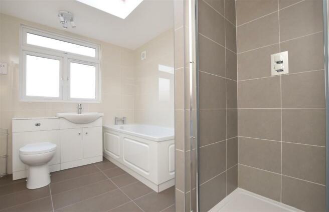 Bathroom....jpg