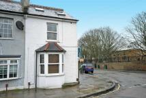 2 bedroom Flat for sale in Kneller Road, Twickenham