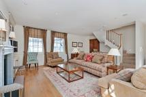 1 bedroom property to rent in Belgrave Mews North...
