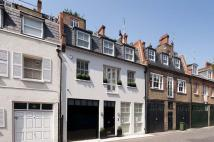 3 bed house to rent in Pavilion Road, London...