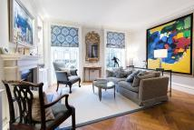 2 bedroom property in Eaton Terrace, London...