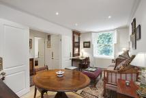 Flat to rent in Pavilion Road, London...