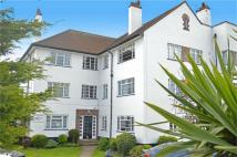 3 bedroom Ground Flat in Cavendish House...