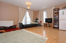 2 bed Flat in Waxlow Way, Northolt, UB5