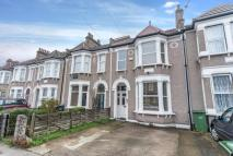 5 bed Terraced property to rent in Torridon Road, Catford...
