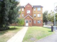 Armoury Road Flat to rent