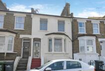 Maisonette to rent in Elswick Road, Lewisham...