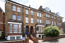 5 bed Terraced property in Womersley Road, N8 9AE