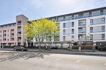2 bed Flat to rent in Drayton Park N5 1PW