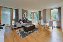 2 bedroom Flat to rent in Roden Court, Highgate, N6