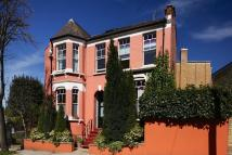 4 bed Detached home for sale in Arvon Road, N5 1PS