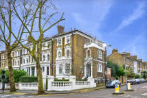 3 bed Flat for sale in Highbury New Park, N5 2HG