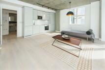 Flat to rent in Belgrade Road, N16 8DJ