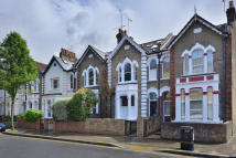 Terraced property for sale in Gillespie Road, N5 1LH