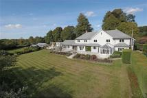 5 bed Detached property for sale in Tunbridge Lane...