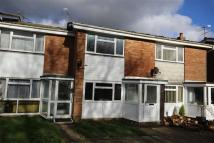 2 bed Terraced home to rent in Linnets Way, Alton