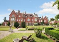 5 bedroom property for sale in Hitcham Lane, Burnham...